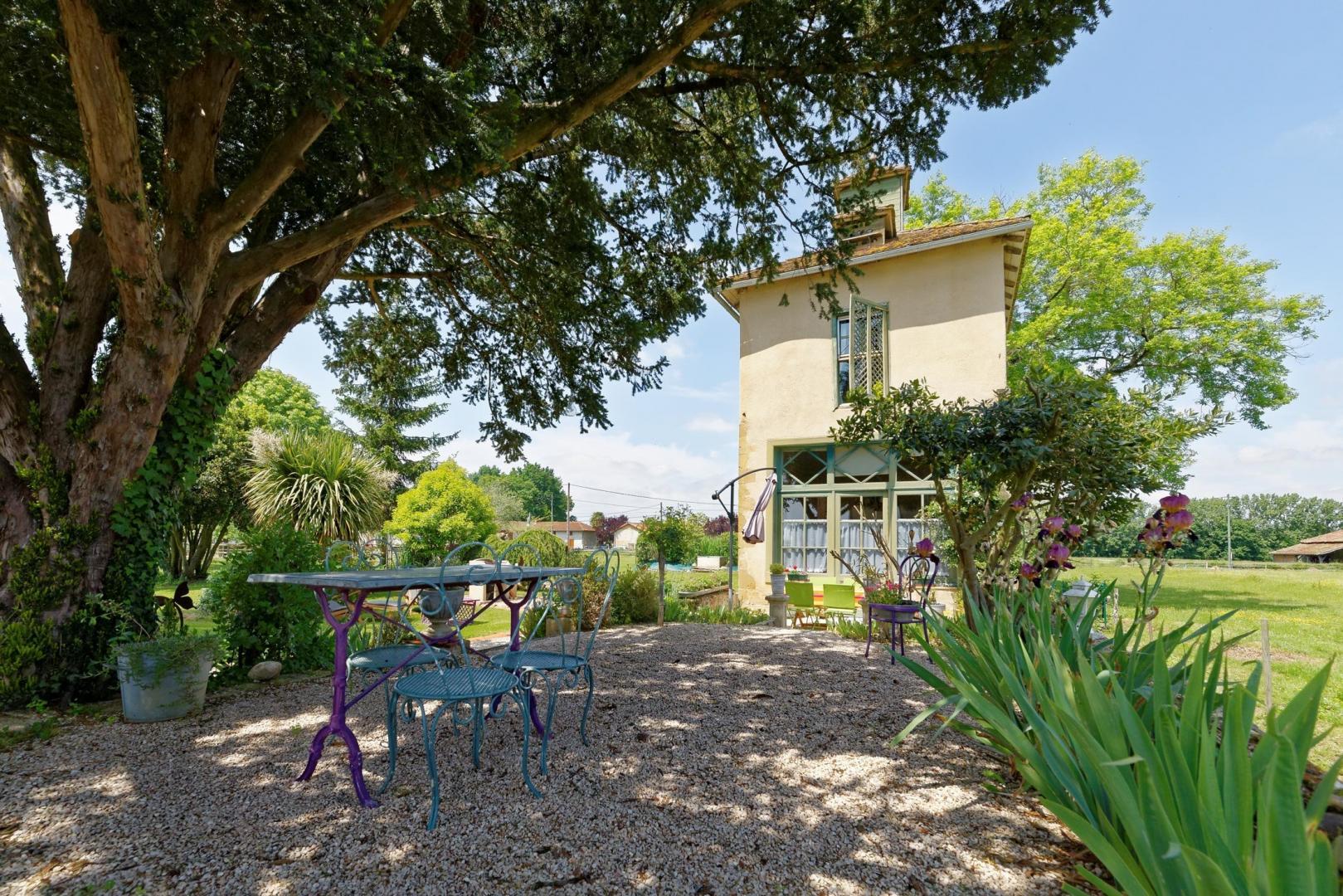 Locations de vacances avec jardin pour 2 personnes Pigeonniers Gers