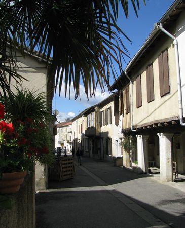 Rue-de-Gondrin-Gers
