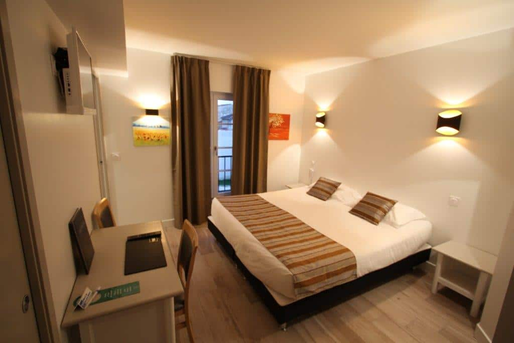 Hotel-continental-Gers- chambre double
