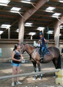 sejour-enfants-équitation-Gers-stagiaires-à-cheval